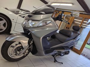 2006 Superb low mileage Suzuki Burgman 400cc Luxury commuter!