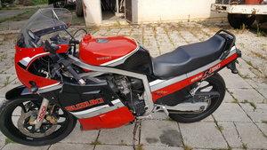 GSXR 750 original runs good rider
