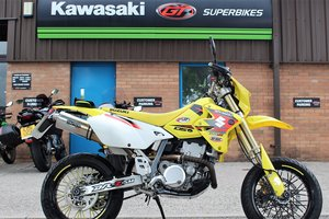 Picture of 2006 06 Suzuki DRZ 400 SM Supermoto For Sale