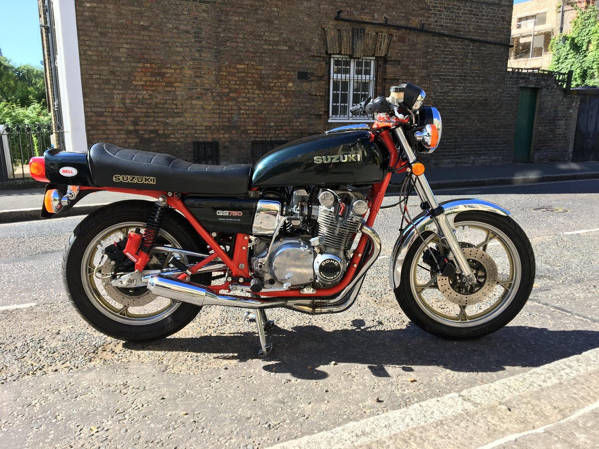 1978 Fully restored Suzuki GS750  For Sale (picture 1 of 6)