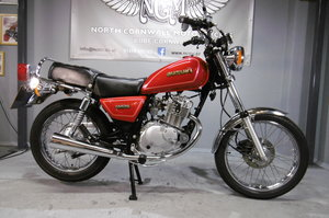 1994 Suzuki GN125 STUNNING TIMEWARP BIKE only 2765 miles