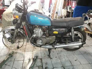 Suzuki GT750 year 1976 - to restore