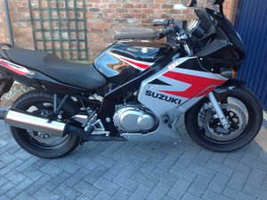 Picture of 2005 Suzuki GS500F