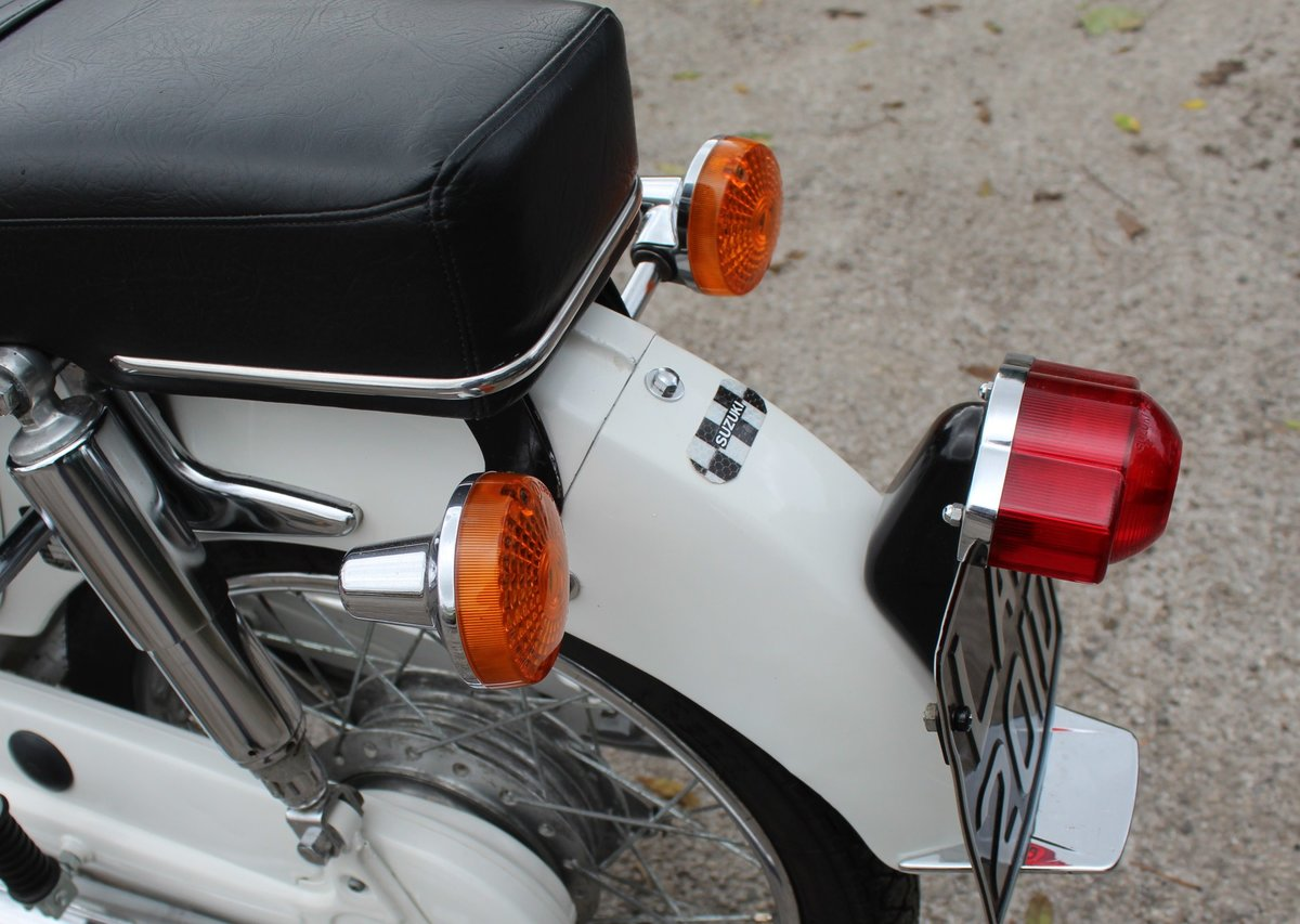 1966 966 Suzuki S32-2 150 cc Twin With Electric Start  For Sale (picture 4 of 6)