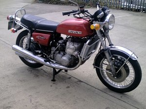 Suzuki GT750 LOVELY OLD GIRL LOOKING FOR NEW HOME