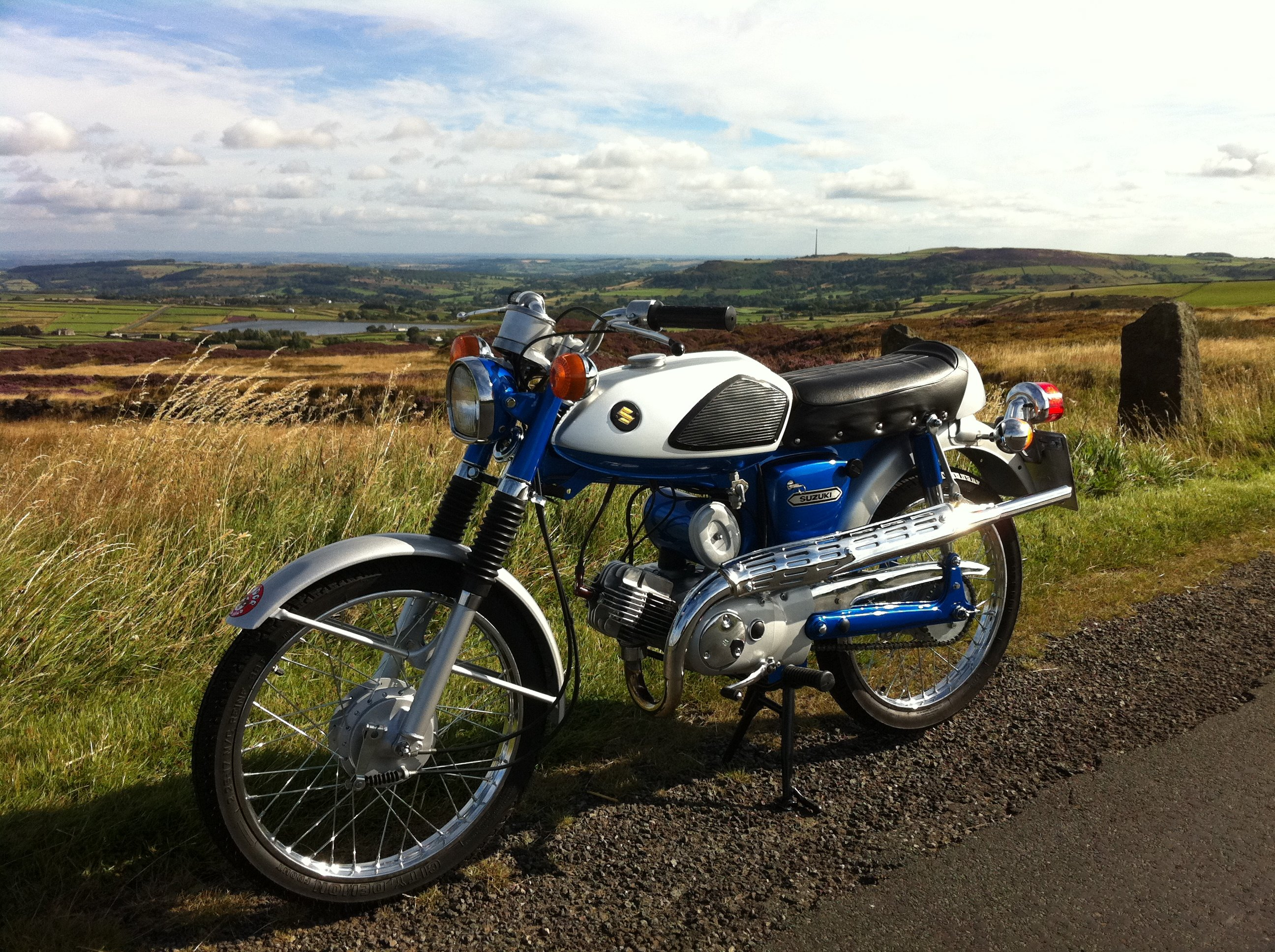 Beautiful Suzuki AS50 sports moped