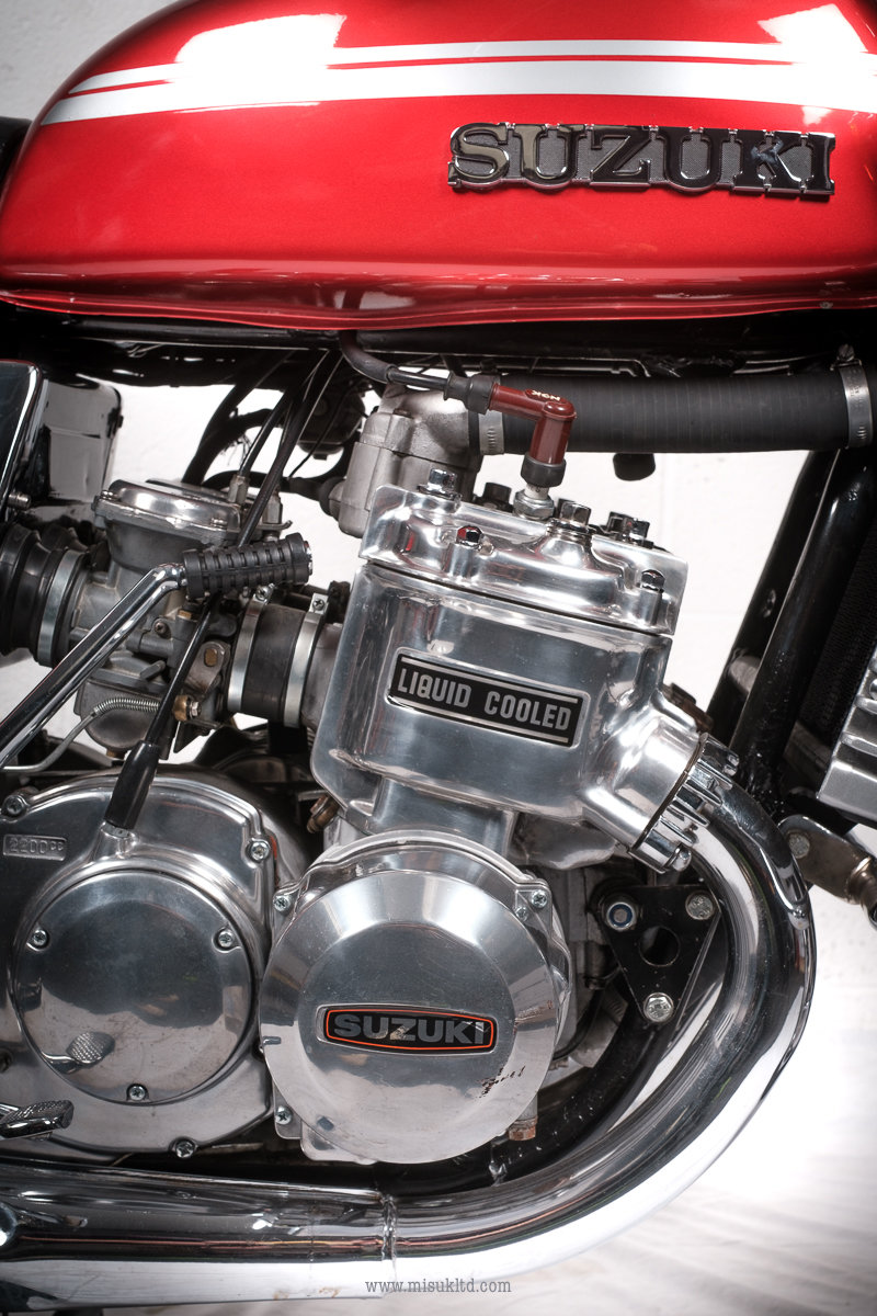 1975 Smokin' Suzuki doesn't get much better than this For Sale (picture 3 of 12)