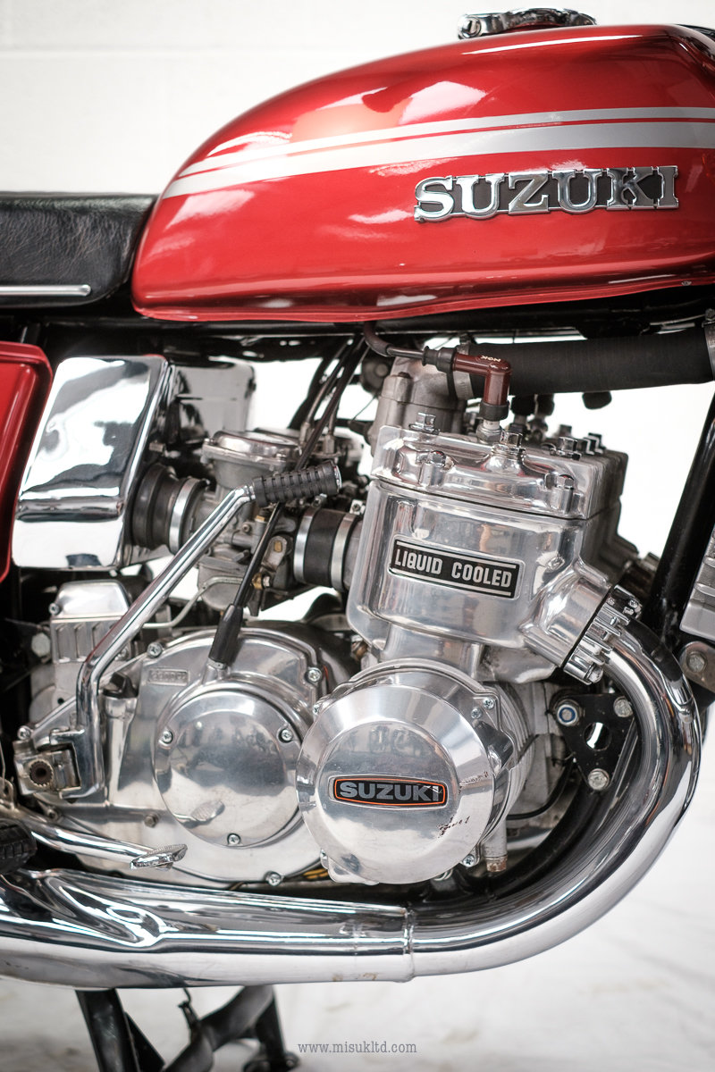 1975 Smokin' Suzuki doesn't get much better than this For Sale (picture 7 of 12)