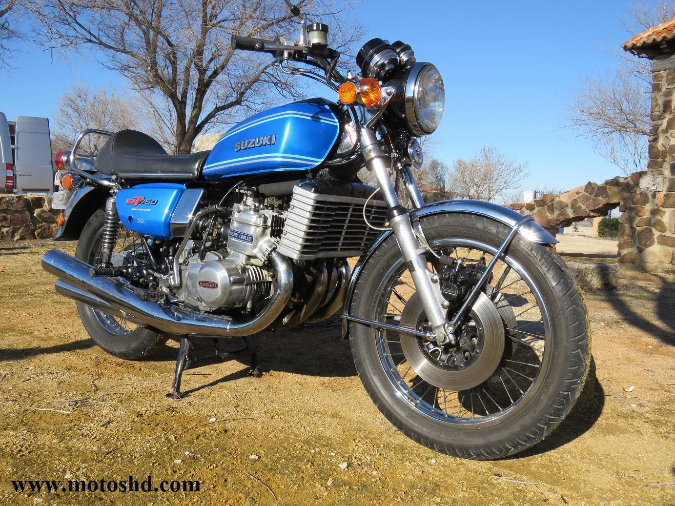 Suzuki GT 750 A from 1976 For Sale (picture 2 of 12)