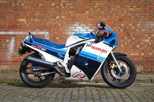 Picture of 1985 Suzuki GSX-R750F Lot 806 For Sale by Auction