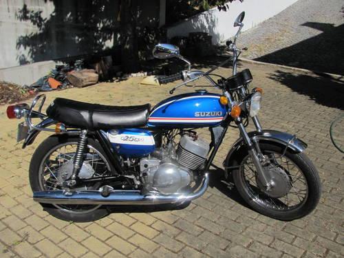 2 Suzuki's T250 (1972) For Sale (picture 2 of 6)