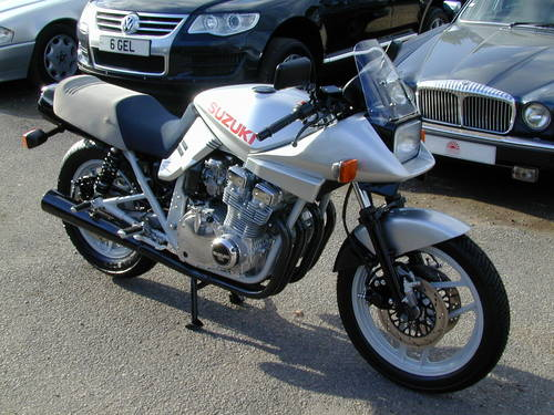 1984 SUZUKI GSX 1100 KATANA - 1980`s ERA SUPER BIKE! -ULTRA RARE! For Sale (picture 1 of 6)