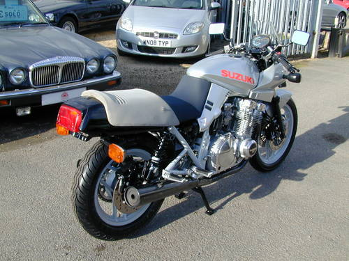 1984 SUZUKI GSX 1100 KATANA - 1980`s ERA SUPER BIKE! -ULTRA RARE! For Sale (picture 3 of 6)