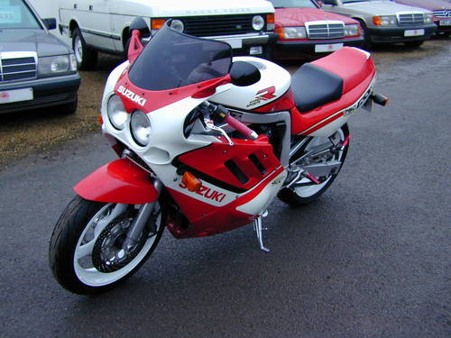 1988 SUZUKI GSX R 750  For Sale (picture 6 of 6)