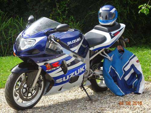 2003 GSXR 600 K3  Classic Blue & White - Excellent For Sale (picture 4 of 6)
