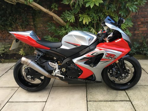 2007 Suzuki GSXR1000 Isle Of Man TT, Ltd Edn No.147of150 SOLD (picture 1 of 6)