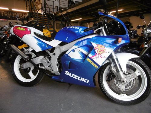 1993 Susuki RG125F Very original condition  SOLD (picture 1 of 6)