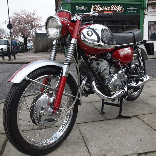 1968 T20 Super Six 250cc. SOLD TO IAN, DEPOSIT TAKEN. SOLD (picture 1 of 6)