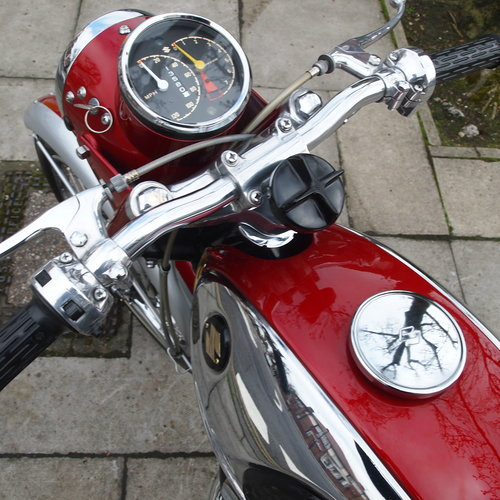 1968 T20 Super Six 250cc. SOLD TO IAN, DEPOSIT TAKEN. SOLD (picture 2 of 6)