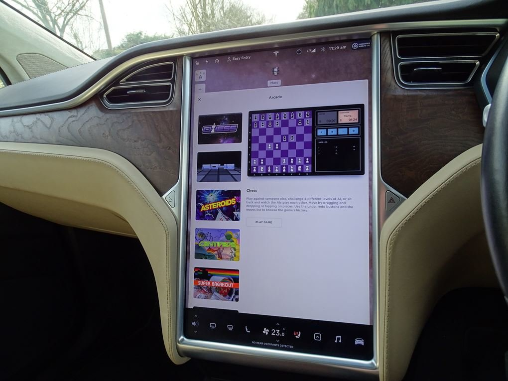 2017 TESLA  MODEL X  75D 7 SEATER  57,948 For Sale (picture 20 of 24)