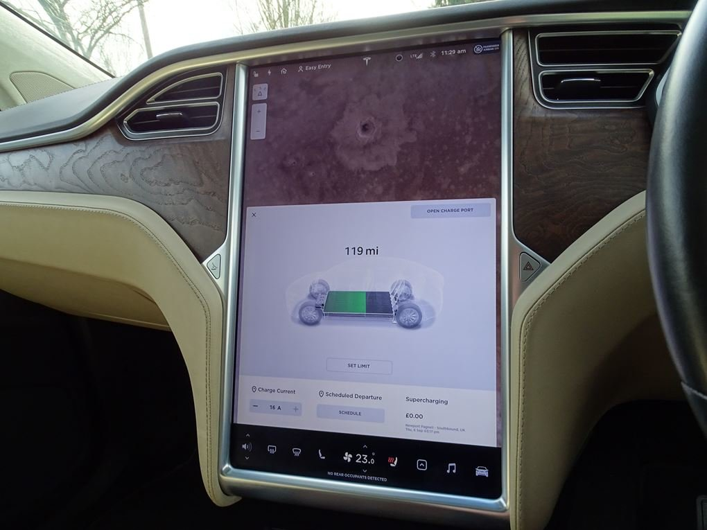 2017 TESLA  MODEL X  75D 7 SEATER  57,948 For Sale (picture 21 of 24)