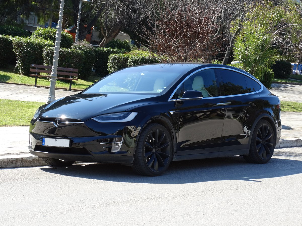2016 Tesla 90 D, 36700km, 1 owner, Autopilot equipped For Sale (picture 1 of 6)