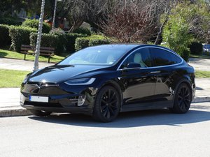 2016 Tesla 90 D, 36700km, 1 owner, Autopilot equipped