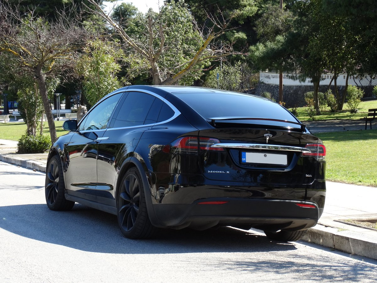 2016 Tesla 90 D, 36700km, 1 owner, Autopilot equipped For Sale (picture 2 of 6)