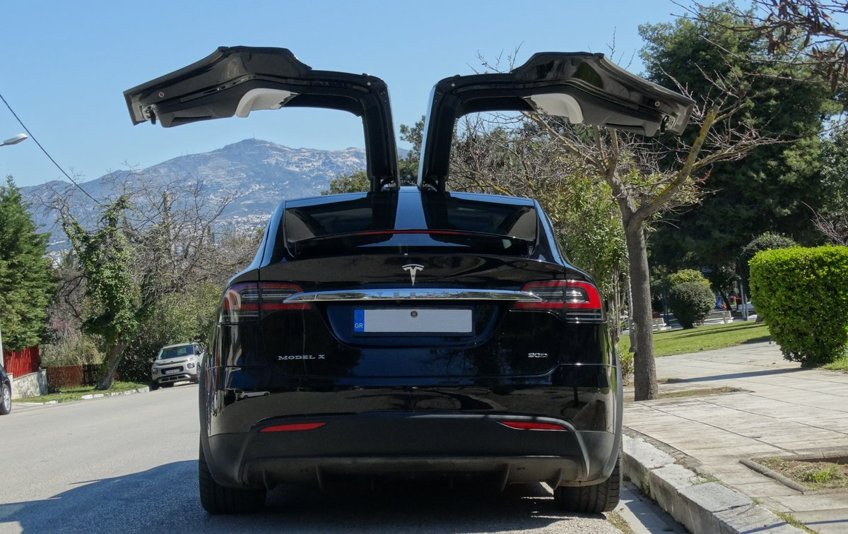 2016 Tesla 90 D, 36700km, 1 owner, Autopilot equipped For Sale (picture 3 of 6)