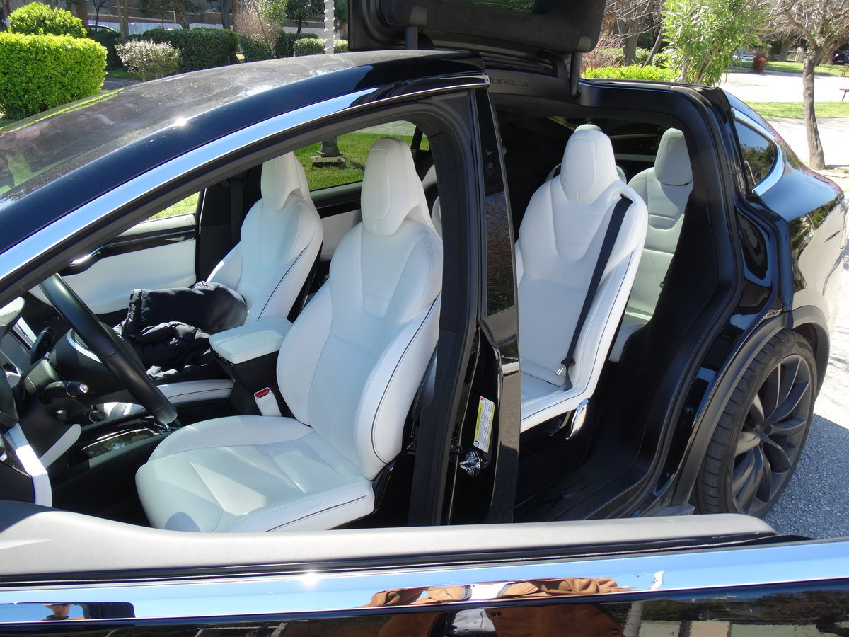 2016 Tesla 90 D, 36700km, 1 owner, Autopilot equipped For Sale (picture 4 of 6)