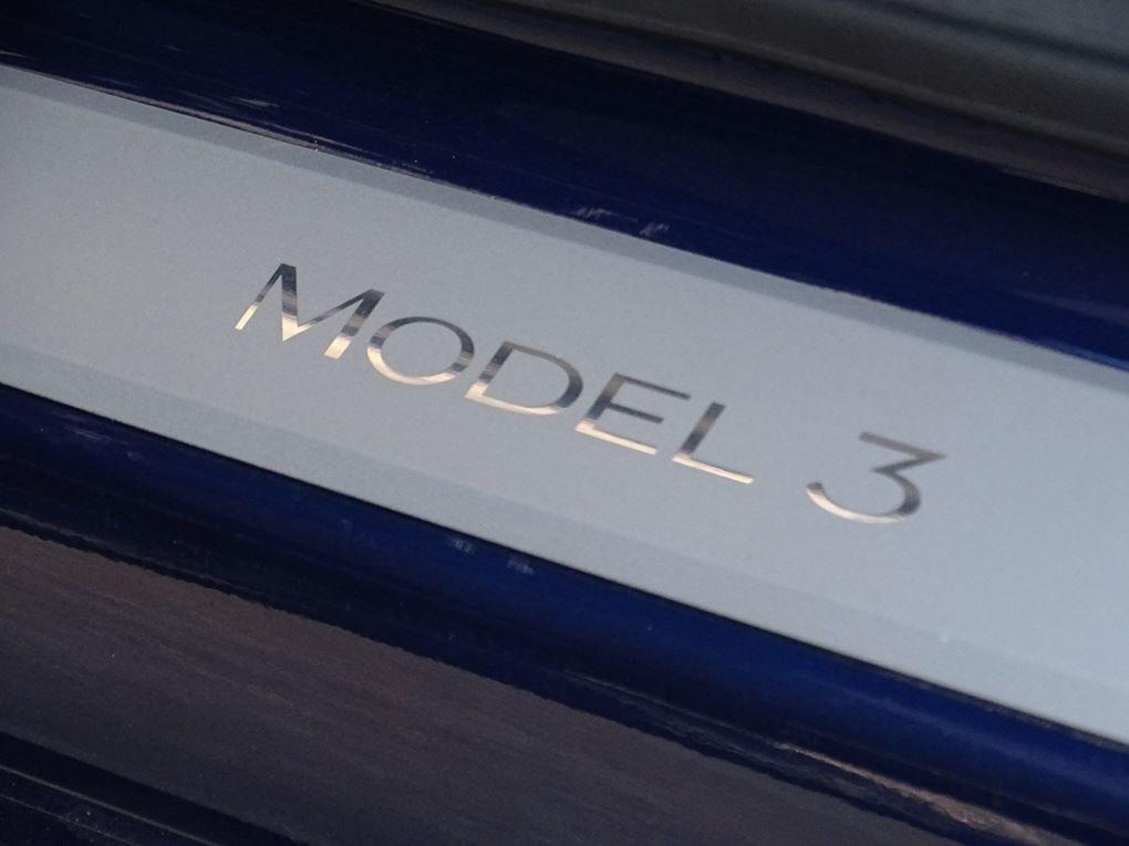 2019 TESLA  MODEL 3  STANDARD RANGE PLUS AUTO  42,495 For Sale (picture 13 of 24)
