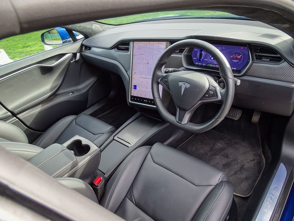 2018 TESLA  MODEL S  100D SALOON AUTO  67,948 For Sale (picture 6 of 24)