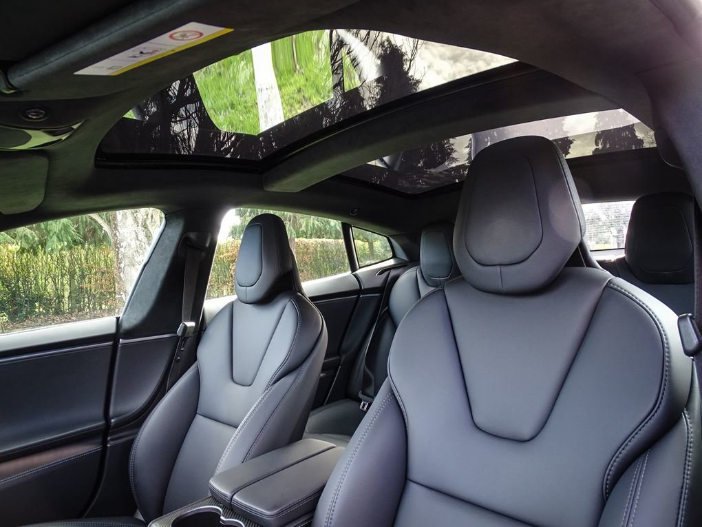 2018 TESLA  MODEL S  100D SALOON AUTO  67,948 For Sale (picture 13 of 24)