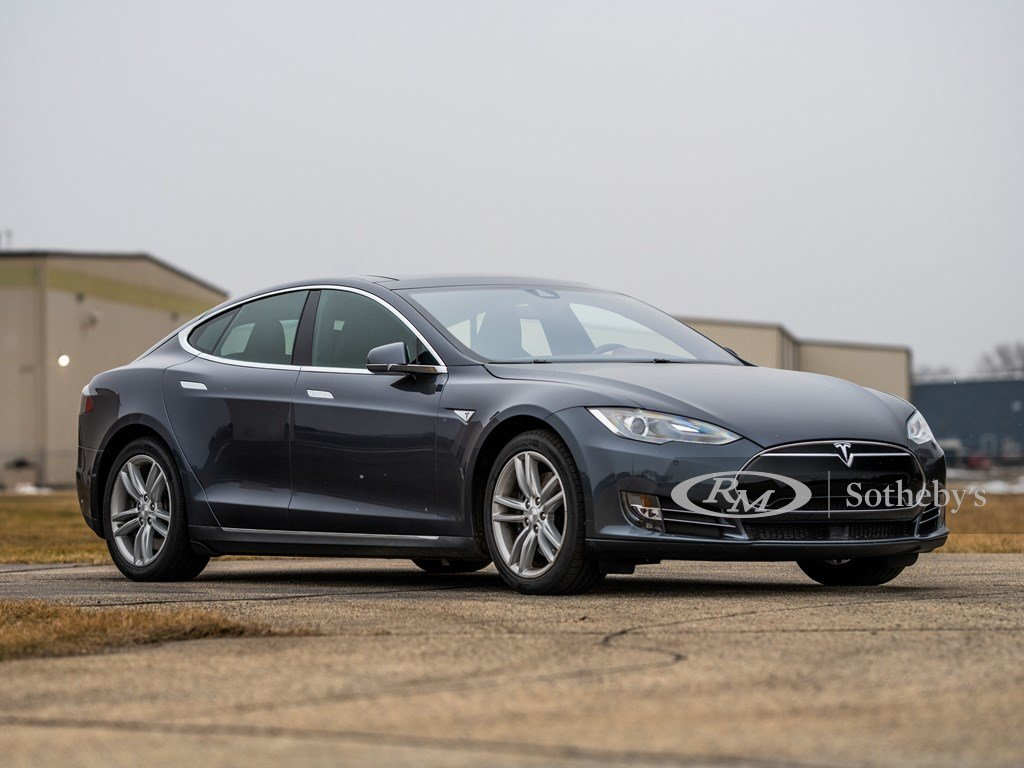 2015 Tesla Model S P85D  For Sale by Auction (picture 1 of 6)