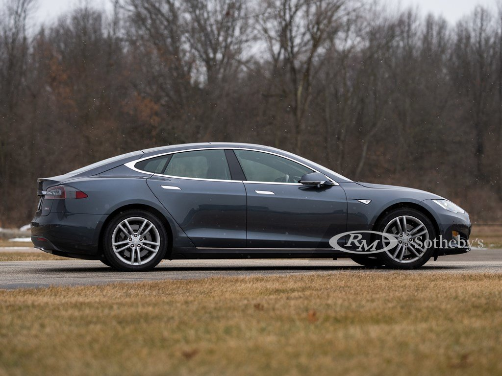 2015 Tesla Model S P85D  For Sale by Auction (picture 4 of 6)