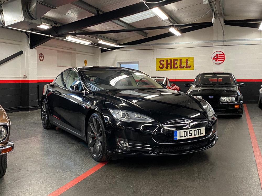 2015 Tesla Model S P85D /// Warranty Til 2022 /// 33k Miles For Sale (picture 1 of 6)