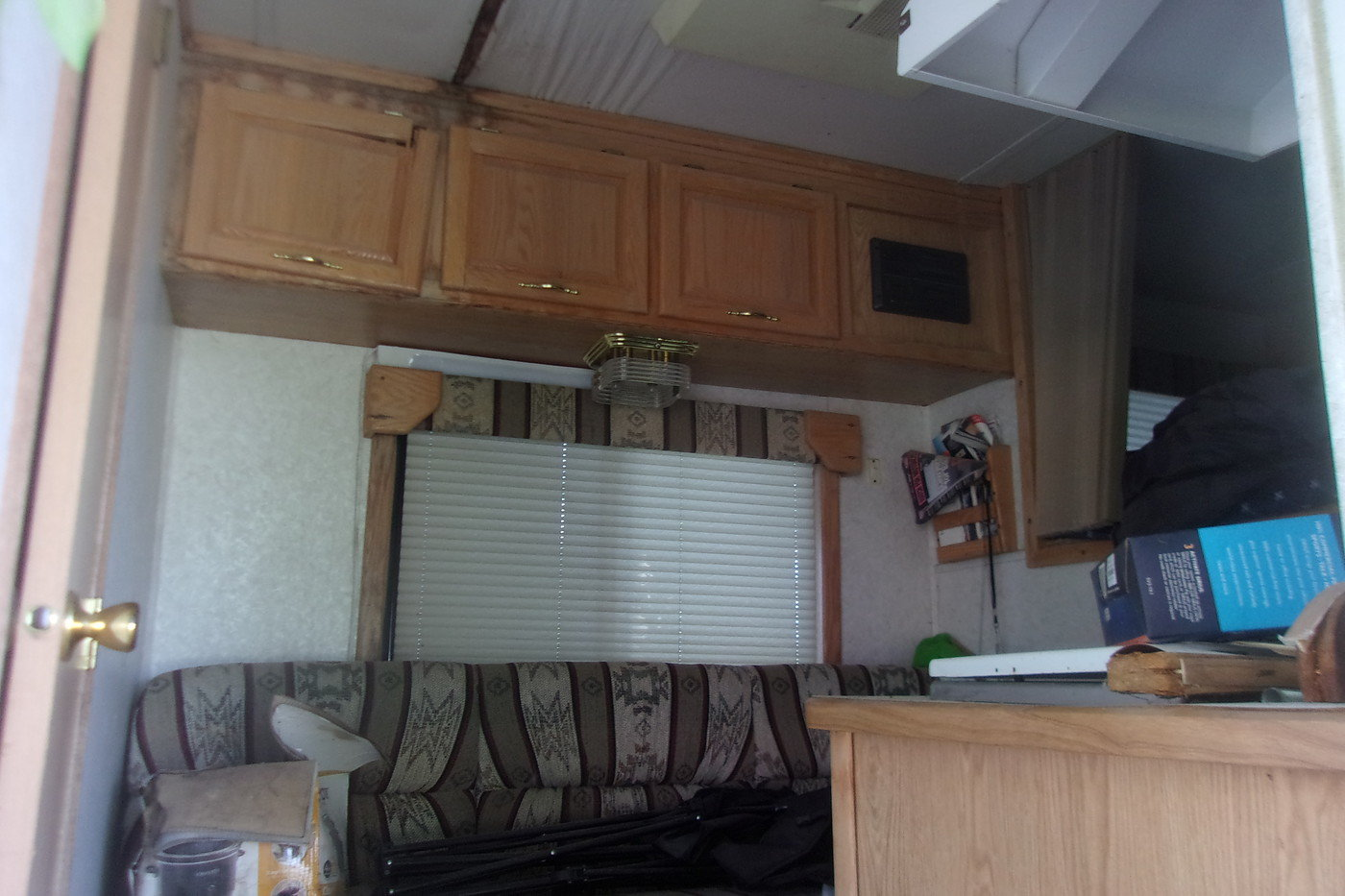2003 4 Horse Trailer with Living Quarters For Sale (picture 5 of 12)