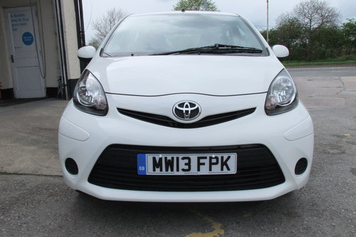 2013 TOYOTA AYGO 1.0 VVT-I ICE 5DR SOLD (picture 4 of 6)