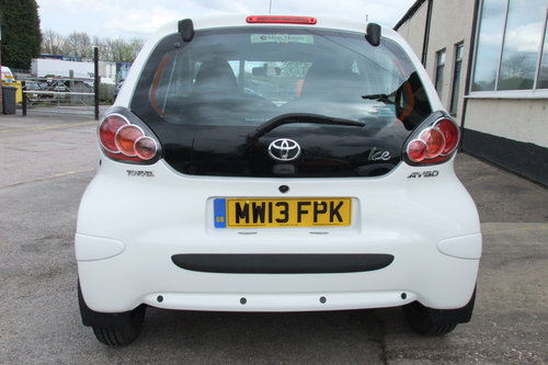 2013 TOYOTA AYGO 1.0 VVT-I ICE 5DR SOLD (picture 5 of 6)