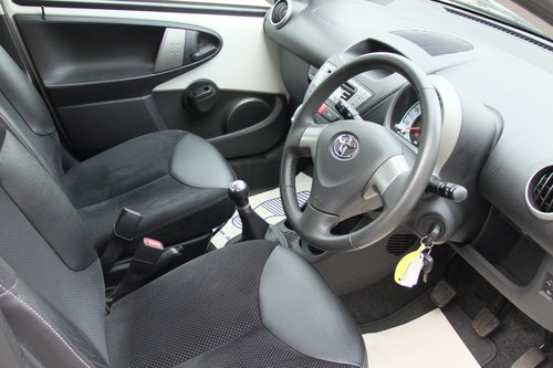 2013 TOYOTA AYGO 1.0 VVT-I ICE 5DR SOLD (picture 6 of 6)