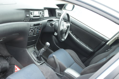 2004 Clean toyota corolla SOLD (picture 4 of 6)