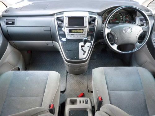 2004 Toyota Alphard 3.0 V6 VVT-i Auto For Sale (picture 4 of 6)