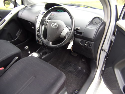 2008 Toyota Yaris 1.3 MMT T3 Automatic For Sale (picture 5 of 6)