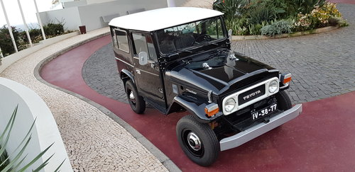 1981 Toyota Land Cruiser BJ40    7 Seats   SOLD (picture 3 of 6)