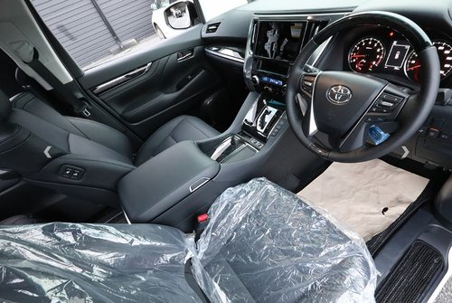 TOYOTA ALPHARD 2018 3.5 SC EDITION * FRESH IMPORT * For Sale (picture 3 of 6)