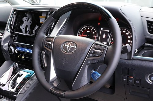 TOYOTA ALPHARD 2018 3.5 SC EDITION * FRESH IMPORT * For Sale (picture 6 of 6)