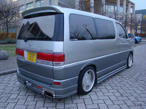 1999/T TOYOTA HIACE REGIUS MPV ++ JDM VIP STYLE DAY VAN ++ For Sale (picture 4 of 6)