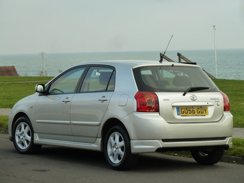 2006 COROLLA 2.0 D-4D TURBO DIESEL COLOUR COLLECTION 5DR  SOLD (picture 4 of 6)