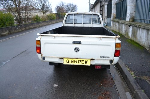1989 TOYATA HILUX MK3 VW Taro Pickup For Sale (picture 6 of 6)
