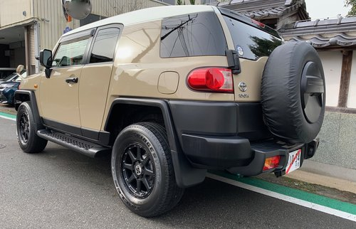 2013 Superb FJ Cruiser Available Now. Shipping Worldwide. SOLD (picture 3 of 6)